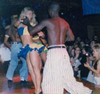 רקדני למבדה
